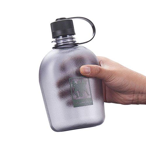 JE Water bottle Tourismus-Wasser-Flaschen-große Kapazitäts-Kessel-im Freiensport-Militär Trainingseventy-acht tragbarer Plastiktrinkbecher (Farbe : Grau, größe : 750ml)