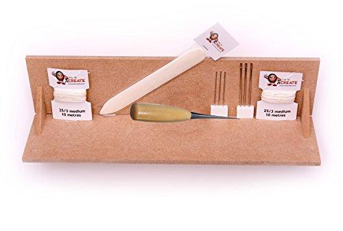 Buchbinden Deluxe Start-Set, mit Stanzwiege, Falzbein, Ahle, Nadeln, gewachstem Leinenfaden Test