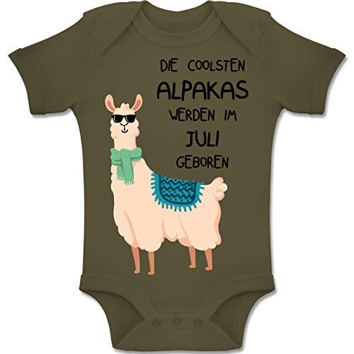 Shirtracer Geburtstag Baby - Die coolsten Alpakas Werden im Juli geboren Sonnenbrille - 3-6 Monate - Olivgrün - BZ10 - Baby Body Kurzarm Jungen Mädchen