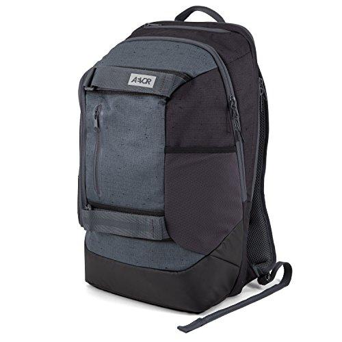 AEVOR Rucksack Bookpack für die Uni und Freizeit inklusive 15 Zoll Laptopfach und Skateboard Tragesystem Bichrome Night - schwarz, grau (Koffer Skateboard)