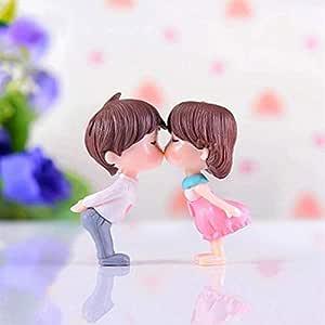 P S Retail Sweety Lovers Couple Figurines Miniatures (2 Pcs Set)