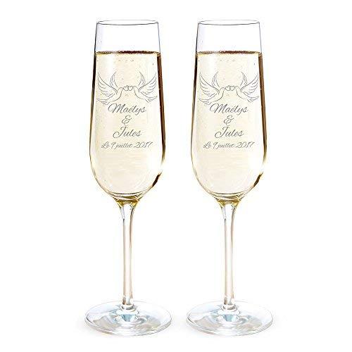 AMAVEL - Set de 2 flûtes à Champagne avec Gravure personnalisée [Noms] et [Date] - Motif: Colombes - Verres à Champagne - Cadeau de Mariage - Saint Valentin - Anniversaire de Couple - Décoration