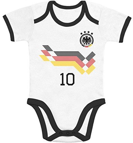 Shirtgeil Deutschland Fußball WM Fan mit WUNSCHNAME & WUNSCHNUMMER Baby Body Kurzarm-Body 57/68 (3-6M) black/white