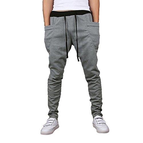 Pantalones para niño con todo tipo de estampados, en todos los estilos y ajustes para la escuela, las vacaciones y las aventuras.