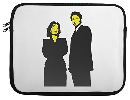 mulder-and-scully-stencil-laptop-case-13-14-15-14