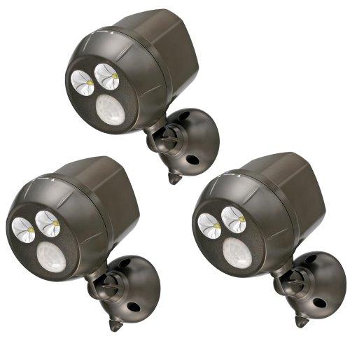 projecteur-led-ultra-lumineux-de-300-lumens-sans-fil-a-piles-et-etanche-mb393-de-mr-beams-avec-detec