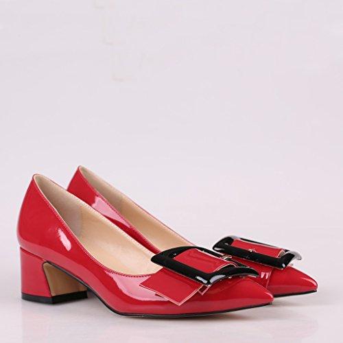 EDEFS Damen Mitte Blockabsatz Pumps Quadratische Schnalle Lack Kunstleder Geschlossene Schuhe Rot