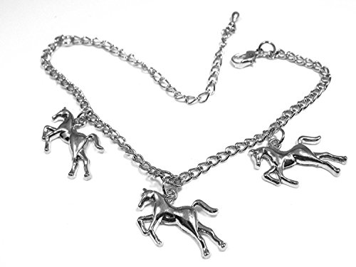 bracelet-a-breloques-theme-equitation-avec-3-breloques-chevaux