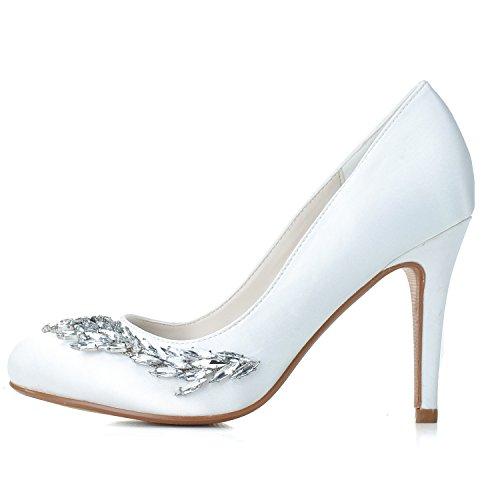 Le scarpe da ginnastica delle donne tallonano le gemme del tallone del sandalo White