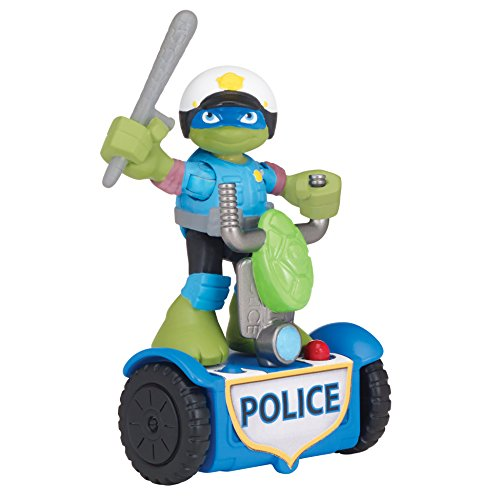 Teenage Mutant Ninja Turtles Pre-Cool Half Shell Heroes Rescue Leonardo with Police Scooter Figure