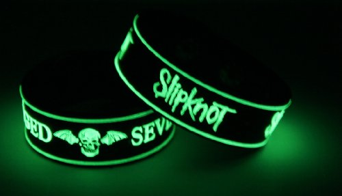 Avenged Sevenfold Slipknot 2pcs NEU. Glow In The Dark Wristband 2 X 49 G16