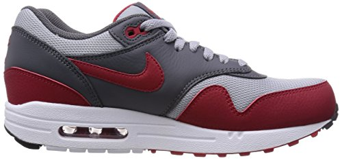 Nike  Air Max 1 Essential, Chaussures de Running Compétition homme Multicolore - Gris / Rojo (Wolf Grey / Gym Red-Dark Grey)