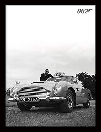 James Bond Affiche encadrée Photo Connery Noir et Blanc 30 x 40 cm