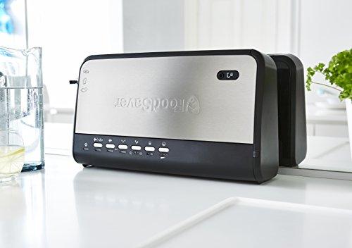 415V13de1hL - Foodsaver Food Vacuum Sealer Machine with Integrated Roll Storage, Bag Cutter & Delicate Food Mode, Includes Assorted Vacuum Sealer Bags, FFS005