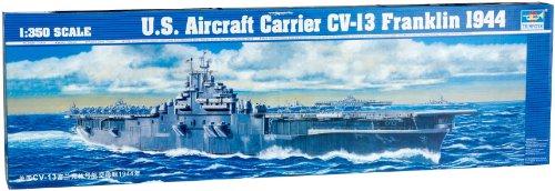 Trumpeter 05604 Modellbausatz Flugzeugträger USS CV-13 Franklin