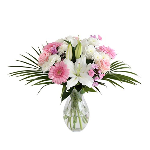 perfect-pink-a-classic-combination-of-pink-and-white-flowers
