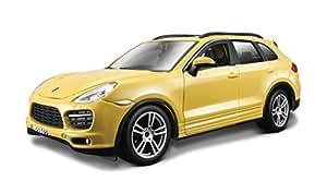 Bburago - 21056W - Véhicule Miniature - Modèle À L'Échelle - Porsche Cayenne Turbo - Echelle 1/24 coloris aléatoire
