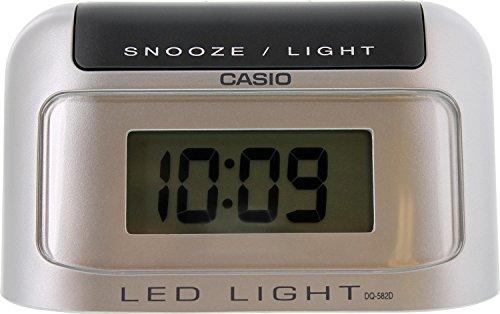 CASIO 10676 DQ-582D-8R - Despertador digital gris