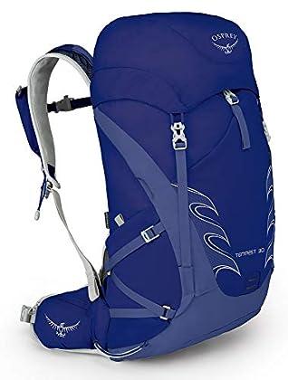 Encuentra la mayor comodidad en una mochila para senderismo diseñada para mujeres.