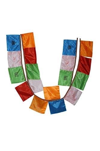 Bermoni Seda tibetana Budista agitando Banderas de oración (Lungta) c