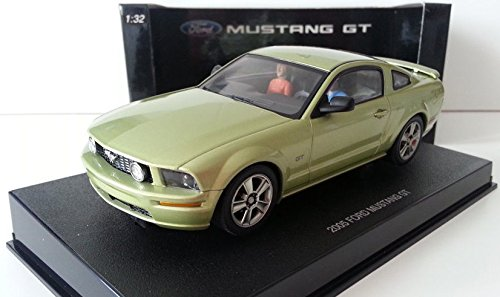 AUTOart 13051 - Ford Mustang 2005 GT Legend Lime [Toy] (japan import)