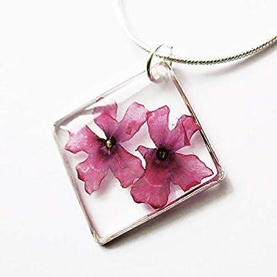 Pendentif Carré de Rose en résine et fleurs - Bijou nature fleur de violette bleue Collier en fleurs séchées argent 925 collier végétal