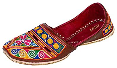 JOPELLE Men's Multicolour Leather Round Punjabi Juttis...