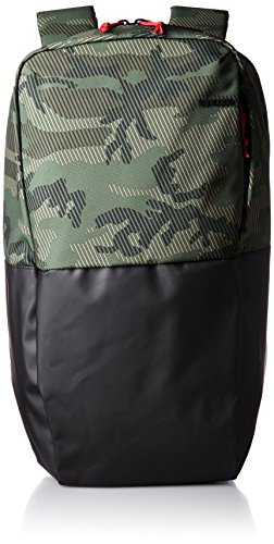 incase-staple-backpack-metric-camo-black