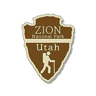 American Vinyl Arrowhead Shaped Zion national Park Aufkleber (RV Hiking Camping)