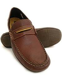 Zerimar. Chaussure en cuir nautique avec semelle en caoutchouc flexible. 100% cuir premium. Marquage design de mode. Doublure intérieure. Grandes tailles XXL de 47 à 50.