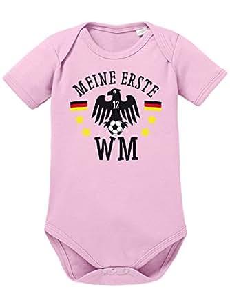 clothinx Baby Body Unisex Fußball Meine Erste WM Hellrosa Größe 50-56 Sale L