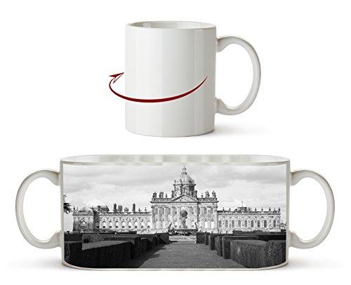 Majestätisches Schloss Howard in England, North Yorkshire Effekt: Schwarz/Weiß als Motivetasse...