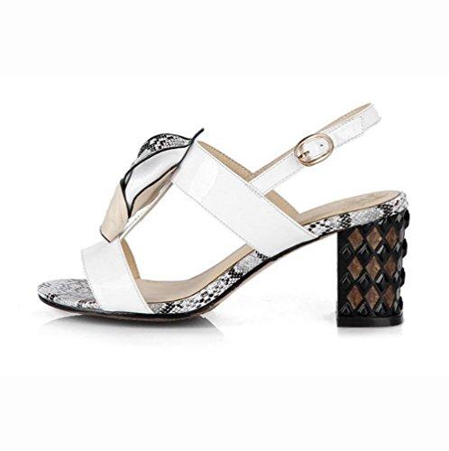 scarpe in pelle di donna serpentina di spessore fresco nuovo rivetti in metallo open toe tacchi alti pantofole White