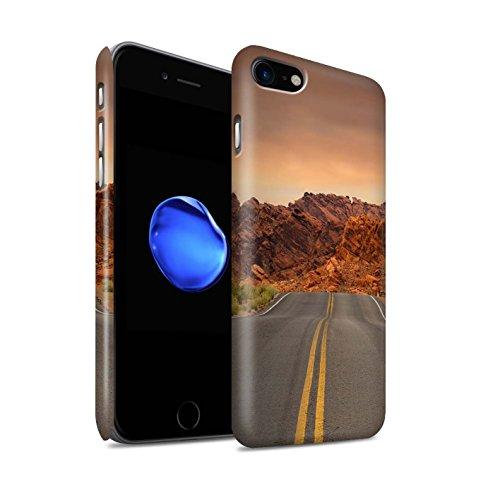 STUFF4 Matte Snap-On Hülle / Case für Apple iPhone 8 / Berge Muster / Bundesstaat Nevada Kollektion Straße/Autobahn