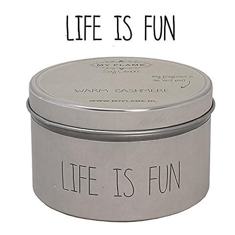 Bio SOJA DUFTKERZE in Dose - Sand / Braun - Warm Cashmere / vanille moschus pferisch und blumen - 30h Brenndauer - geschenk kerze - duftkerzen - kerze von sojawachs im dose - text: Life is Fun (Beige, Warm Cashmere)