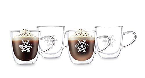 Doppelwandige Glühweingläser Thermo-Gläser mit Henkel | 4 x 350ml große Schneeflocke-Tassen mit Schwebeeffekt | Auch für heißen Kakao, Tee, Milch-Kaffee, Cappuccino. Das Glühweinglas / die GlühweinBecher sind Handarbeit in höchster Qualität – Winter Edition