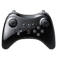 """Specifica: Colore nero Materiale: Plastica Dimensioni: (4.33 x 6,3 x 1,5)""""/ (11 x 16 x 3,8 cm) (L x L x H) Peso: 7,9 oz / 224g Caratteristica: Wireless La confezione include : 1 x controller per Nintendo Wii U Pro 1 x Cavo USB"""