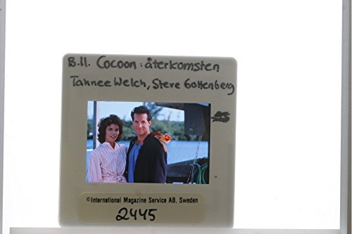 slides-photo-of-a-scene-from-the-film-cocoon-the-return-casting-by-steve-guttenberg-and-tahnee-welch