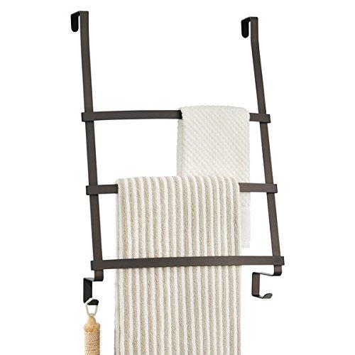 mDesign Toallero para baño - Práctico colgador para tres toallas de sencilla colocación - Moderno secatoallas para colocar en la puerta sin taladrar ni agujerear - Color: bronce