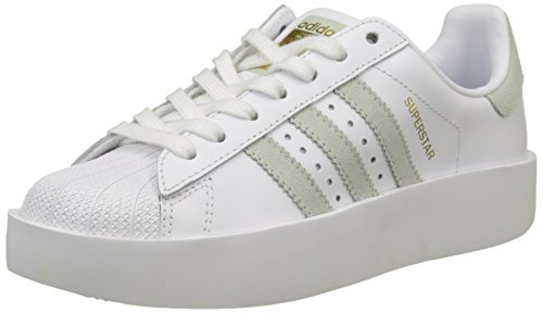 adidas Damen Superstar Bold Sneakers, Elfenbein (Footwear White/Linen Green/Gold Metallic), 36 2/3 EU (Retro-frauen-basketball-schuh)