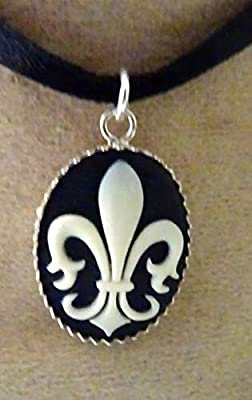pendentif fleur de lys camée argent 925