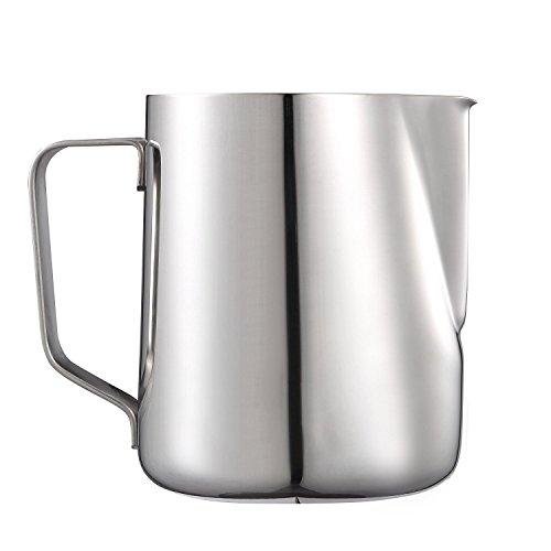 Lyndan Edelstahl Milch Aufschäumkrug 900ml | Geeignet für Kaffee & Latte Art | Creamer Jug mit Messskalen