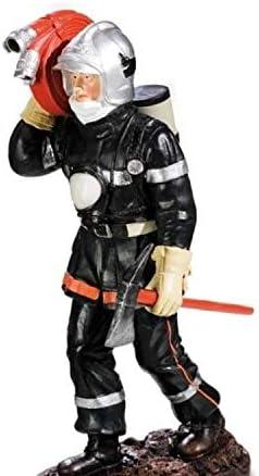 Alxshop - - - Figurine de d&381;coration en r&381;sine : pompier et sa hache portant une rallonge de tuyau | Exquis Art  44b763