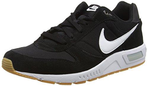 Nike nightgazer, scarpe da corsa uomo, nero (black/white 006), 42.5 eu