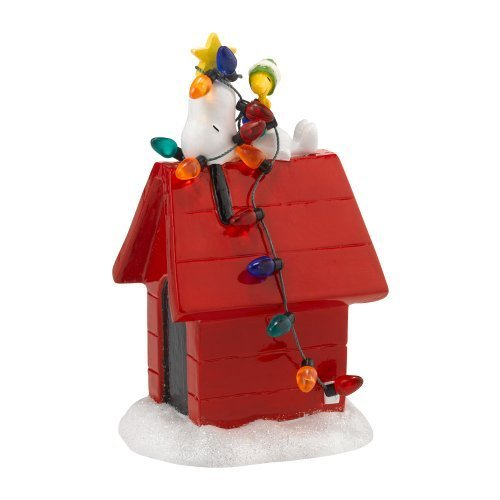 Department 56 Peanuts Village Tangled Up in Christmas Figurine, 2.24-Inch by Department 56 (Village Christmas Peanuts)