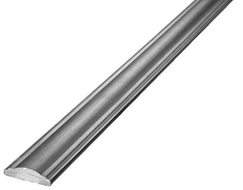Corrimano sagomato in ferro battuto rifinito liscio. lunghezza 3000mm. sezione 40x12mm.