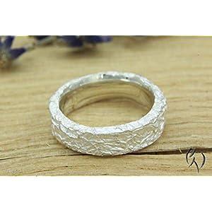 Schöner Ring aus Silber 925/-, Zerknittert