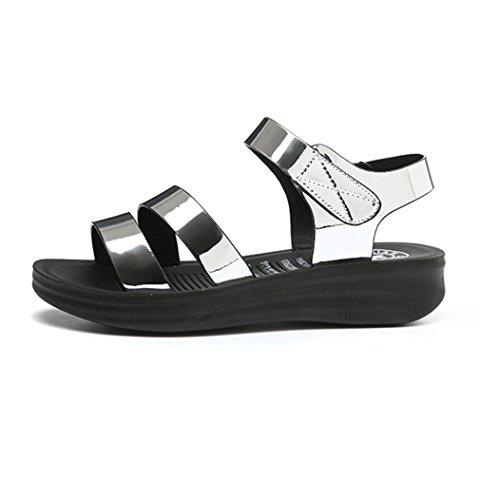 Damen Sandalen Plateau Peep-Toe Slingback Einfach Metall Flach Leicht Weich Bequem Sommerlich Schick Straße Cool Lässig Schuhe Silber