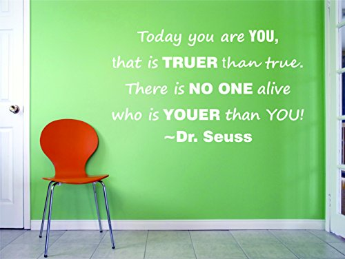 Design with Vinyl 1 Dr Seuss 7 10X20 Wall Decal, 25,4 x 50,8 cm, Bianco