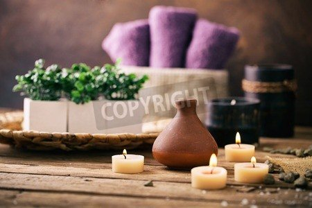 "Poster-Bild 30 x 20 cm: ""Spa and wellness setting with flowers and towels. Dayspa nature products"", Bild auf Poster"